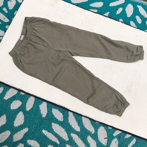 ❤️ 3/$30 Gentle dawn size small joggers in olive